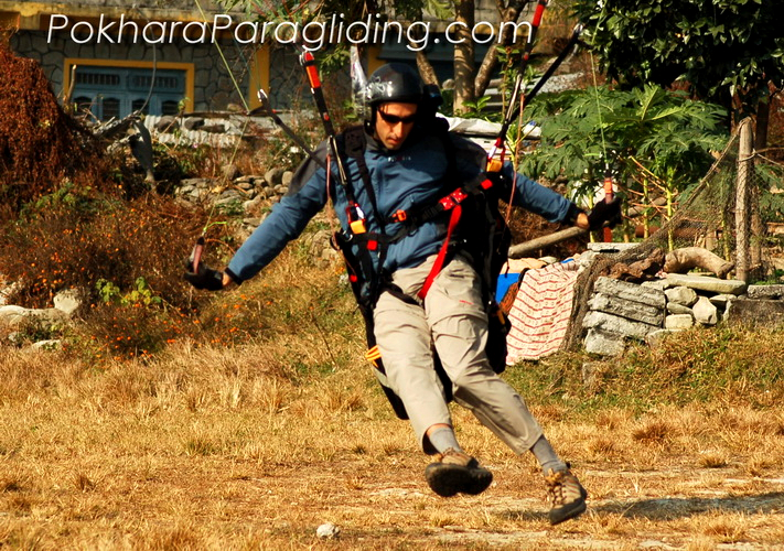 Pokhara_Paragliding_Nepal_13.jpg